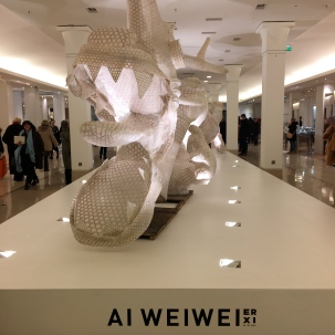 Dragon in four pieces - A Weiwei au Bon Marché